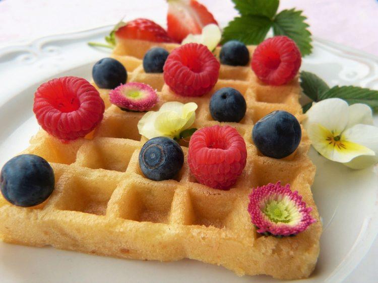 Easy Waffle Recipe Without Baking Powder Eggs Or Milk Easy Kitchen Appliances